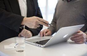 איך לבחור יועץ עסקי?