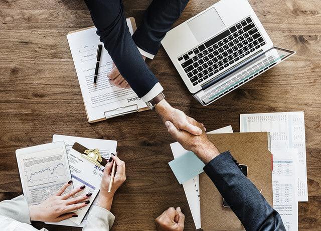 עזרה לעסקים קטנים